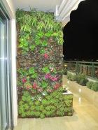 Jardín Vertical Exterior en Balcón Privado